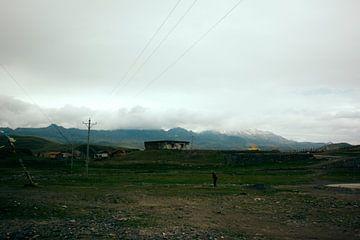Donkere wolken boven Sichuans land von André van Bel