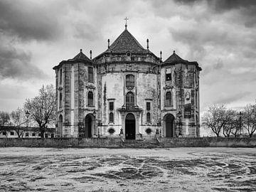 Kirche in Obidos, Portugal, schwarzweiß von Katrin May