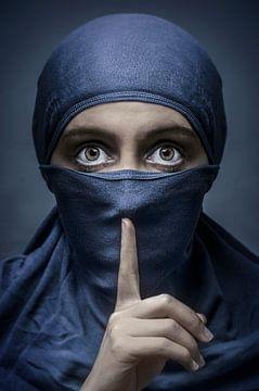 Silence ! sur Elianne van Turennout