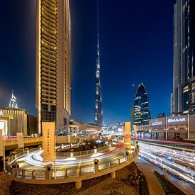 Burj Khalifa en Dubai Mall lighttrails van Rene Siebring