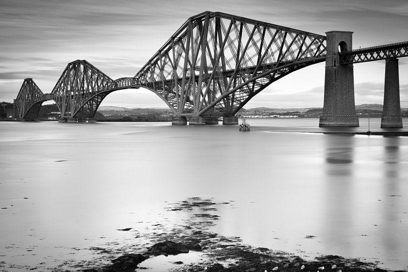 Quatrième pont ferroviaire d'Édimbourg, Écosse sur Jan van der Vlies