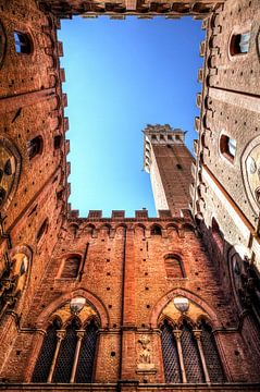 Torre Del Mangia sur Dennis van de Water