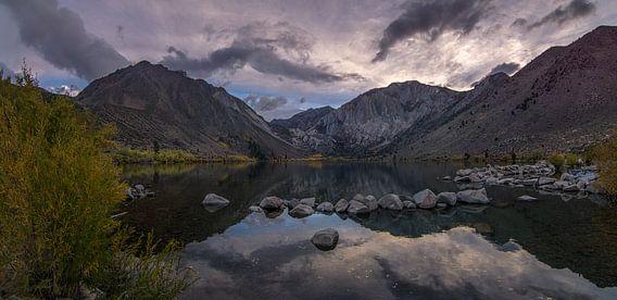 Convict Lake - Californië van Toon van den Einde