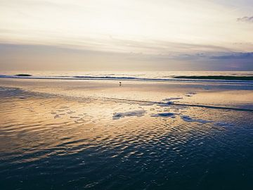 Gouden zonsondergang von Nannie van der Wal