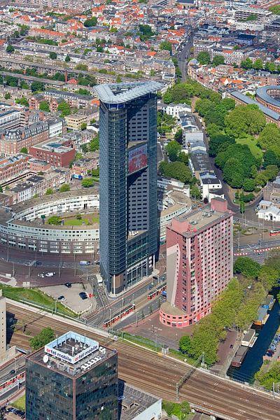 Lucht foto Het Strijkijzer te Den Haag van Anton de Zeeuw
