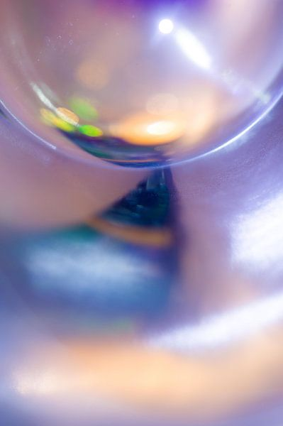 Glasreflectie van Edith Lüthi