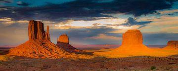 Abendsonne im Monument Valley von Antwan Janssen