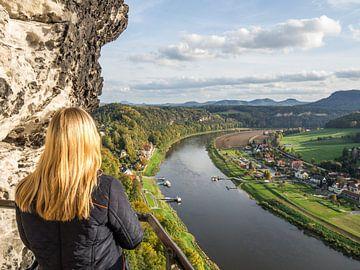 Blick auf Rathen von der Bastei im Elbsandsteingebirge von Animaflora PicsStock