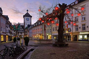 Freiburg met kerstversiering van Patrick Lohmüller