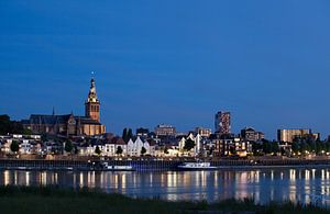 Nijmegen, Waalkade, stadsgezicht van