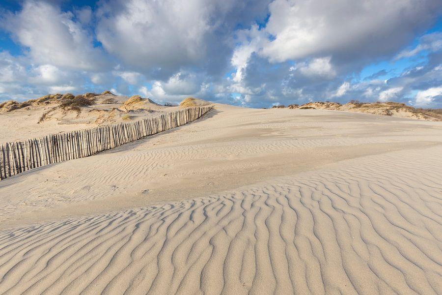 Prachtige Hollandse wolkenlucht in de duinen van Den Haag