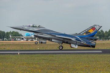 Die F-16 Fighting Falcon des Demonstrationsteams der belgischen Luftwaffe ist soeben nach einer umwe von Jaap van den Berg