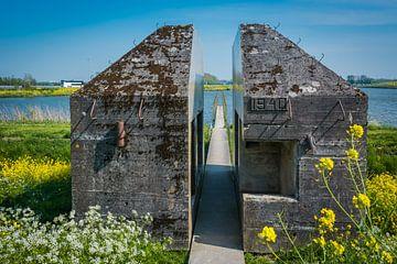 Doorgezaagde bunker van Adri Vollenhouw