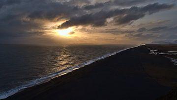 Sonnenuntergang über Südisland von Timon Schneider
