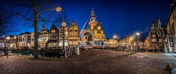 panorama van oude binnenstad Alkmaar sur Arjen Schippers
