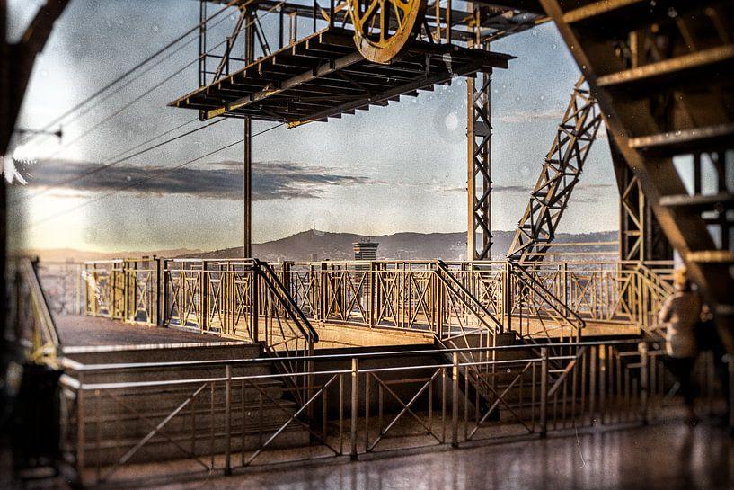 Barcelona Cable-car Station van Joep Oomen
