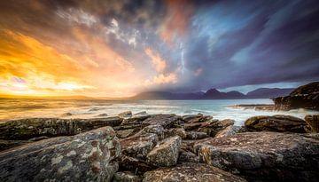 Sonnenuntergang auf Elgol Beach Isle of Skye Schottland von Gerwald Harmsen