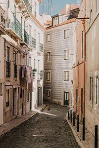 Colourful Lisbon streets von