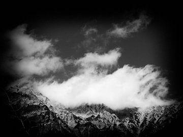 Wolken over de berg von Jasper H