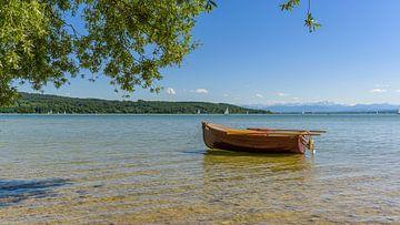 Boot am Ammersee von Denis Feiner