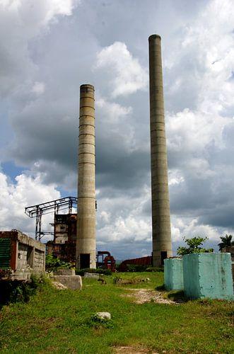 Oude rietsuikerfabriek aan de Valle de los Ingenios - Trinidad van Astrid Meulenberg