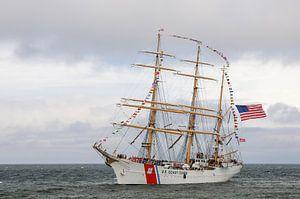 De USCGC Eagle tijdens Sail op Scheveningen 2019 van Fred en Roos van Maurik