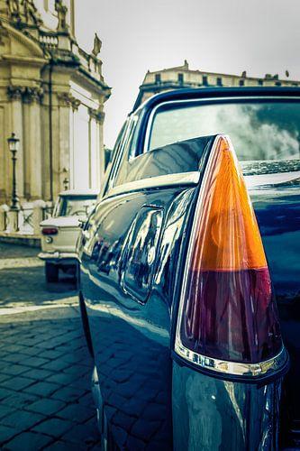 Roma: Lancia in duo-tone II van