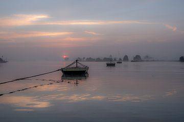 Gierpont bij zonsopkomst van Moetwil en van Dijk - Fotografie