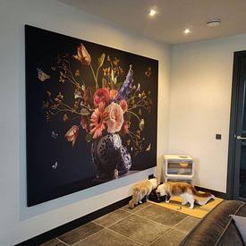 Klantfoto: Royal Beauty Bloemstilleven van Sander Van Laar, als print op doek