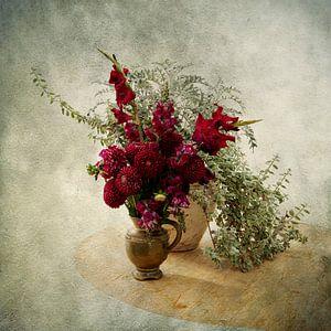 Stilleven met Rode Bloemen