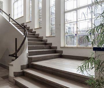 Trap in oud gebouw von Agnes Schuiterd