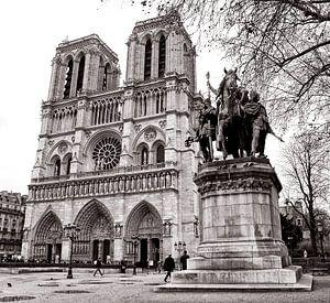 Notre Dame van Bob Bleeker