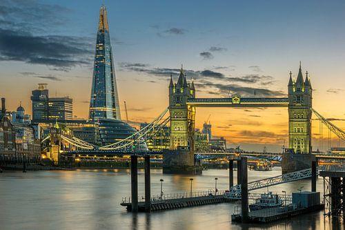 Towerbridge & Spire of London