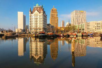 Oude haven Rotterdam in ochtendlicht sur Ilya Korzelius