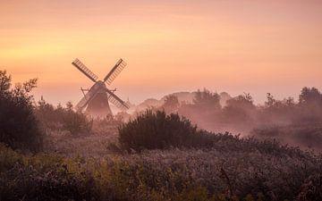 Nordmühle im Nebel von Marga Vroom