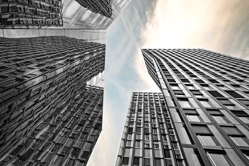 Dancing Towers van Dirk Thoms