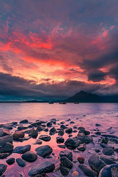Zonsondergang Elgol Beach, Isle of Skye, Schotland van Henk Meijer Photography