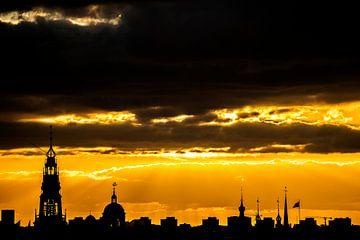 Coucher de soleil doré sur Amsterdam sur Marcia Kirkels