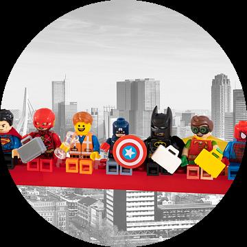 Lunch atop a skyscraper Lego edition - Super Heroes - Men - Rotterdam van Marco van den Arend