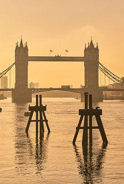 Tower Bridge Sonnenaufgang von David Bleeker