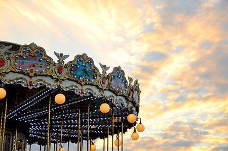Parijs / Moulin Sunset / Frankrijk van Sabrina Varao Carreiro
