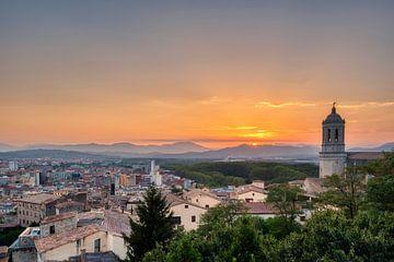Sonnenuntergang in Girona von Anton Osinga