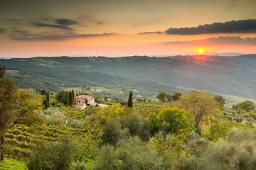 Zonsopkomst in Toscane van Damien Franscoise