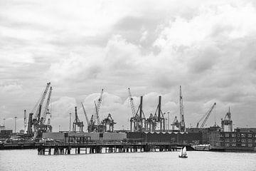 De havenkranen van Rotterdam. van Johan Kalthof