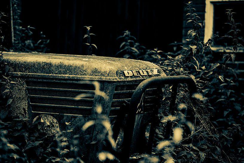 DEUTZ BLACK AND WHITE TRACTOR van SchippersFotografie