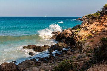 Rocks in the bay of Cala Llenya van Alexander Wolff