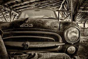 Old Peugeot 403
