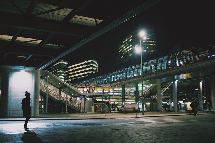 Amsterdam Sloterdijk op een koude winter nacht van Lars van 't Hoog