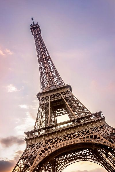 PARIJS eiffeltoren bij zonsondergang van Melanie Viola