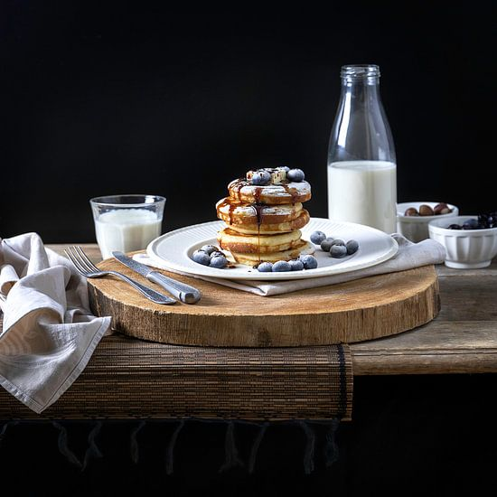 Amerikanische Pfannkuchen mit Heidelbeeren